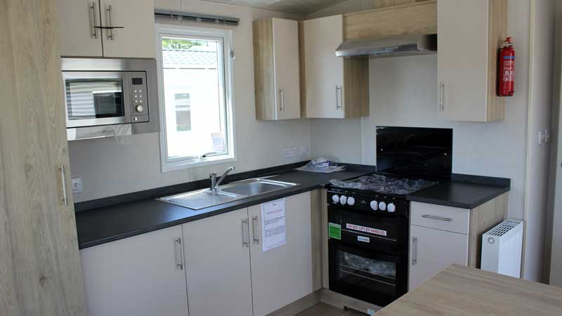 victory-atlantic-32-2019-holiday-home-for-sale-newquay-cornwall-005